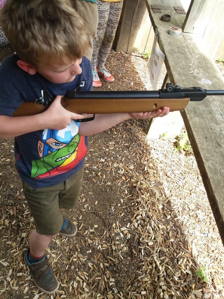 Child / adult rifle shhotting